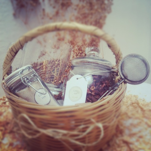 The Herbal Tea Mini Basket